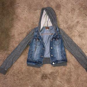 American eagle hooded jean jacket